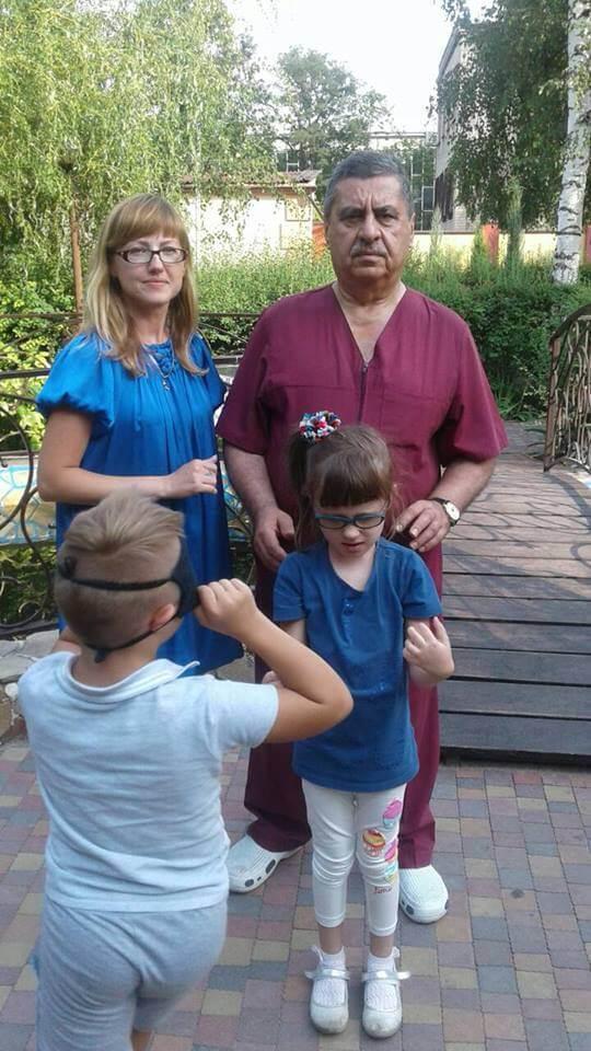Корковая слепота. Отзывы о лечении. Маргарита с мамой Натальей и профессором Рахмановым